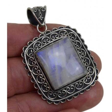 Colgante de plata con Piedra Luna 11