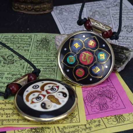 Colgante tibetano ojos de Buda TIB80