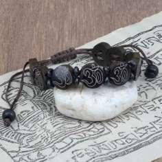 Pulsera Tibetana de hueso con el mantra OM