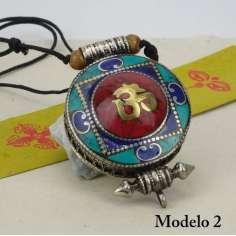 Colgante Gau Tibetano, relicario budista con mantra OM