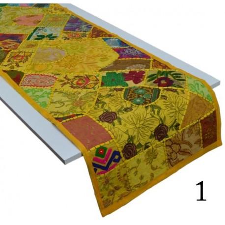 Camino de Mesa pachword amarillo CM09
